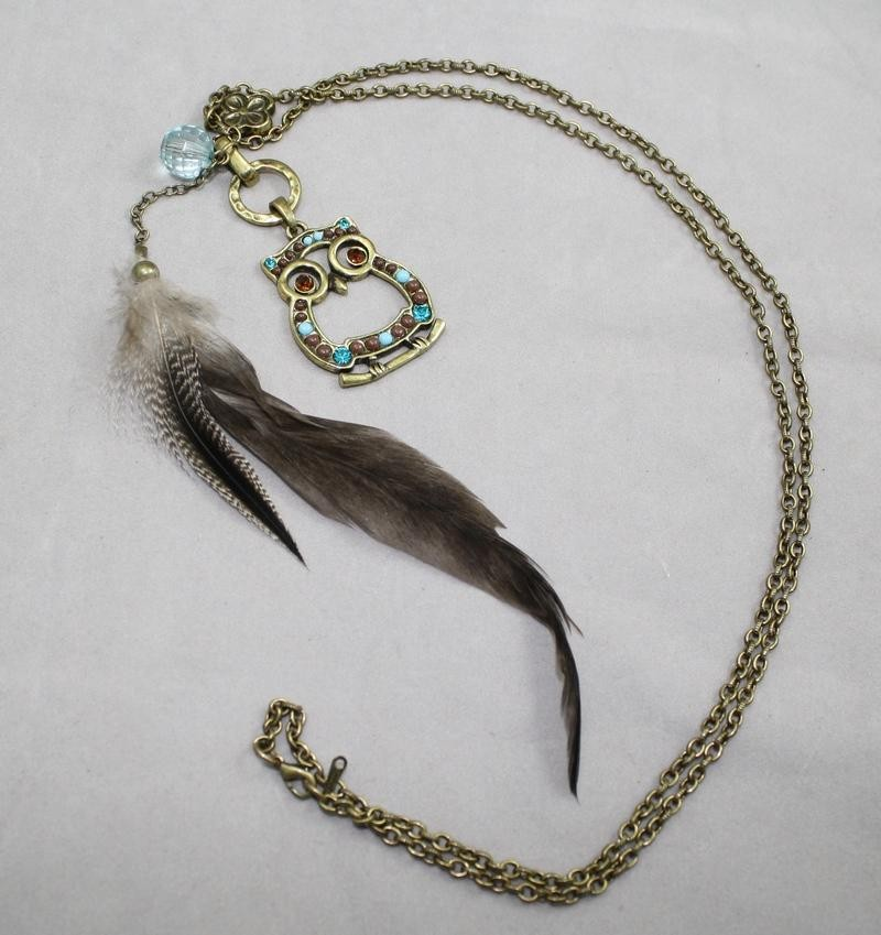 Long necklace with owl