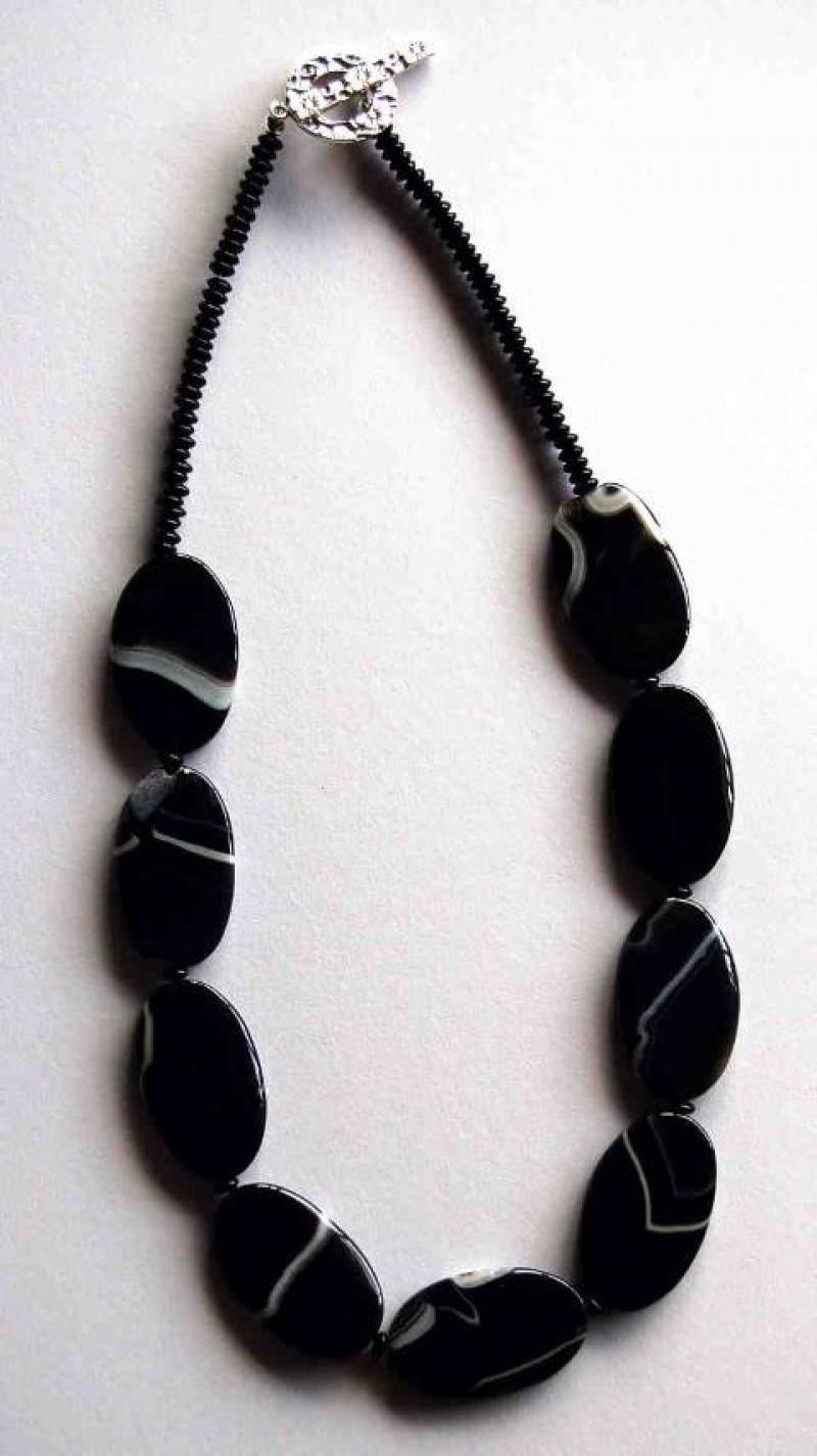 Black Agate Flat Ovals Necklace
