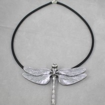 Dragonfly pendant on rubber band