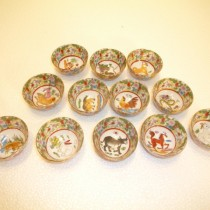 Mini horoscope bowls