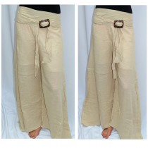 Pants with toggle